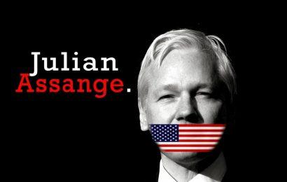 Ekvador naj bi Assangeu preklical azil