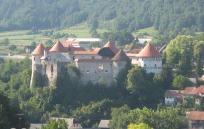 Na gradu Žužemberk podpisali novo pogodbo o sodelovanju s Tatarstanom