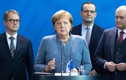 Ali naj Angela Merkel odstopi?
