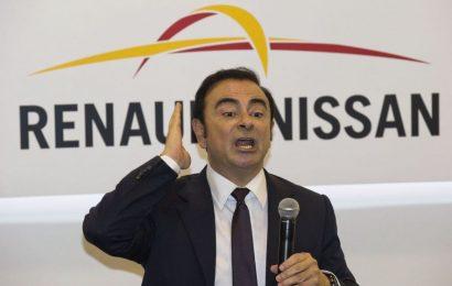 Bivši šef Nissana v zaporu je samo riž in ječmen