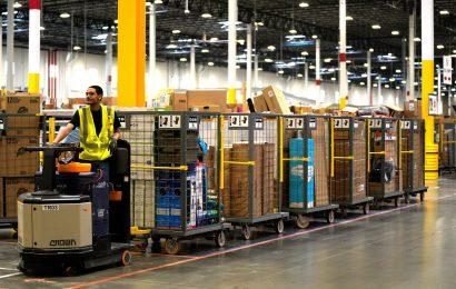Amazon bo vsem Ameriškim delavcem dvignil plače na 15 USD