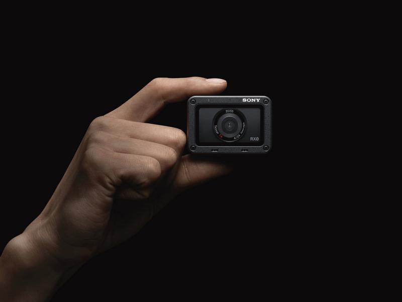 Sony predstavil najmanjši in najlažji premium ultra-kompaktni fotoaparat RX0 II