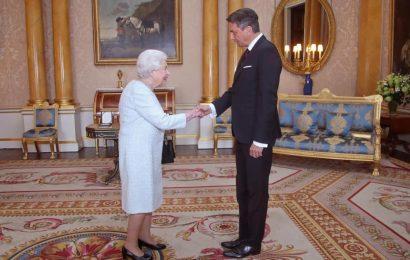 Predsednik republike Borut Pahor se je srečal s kraljico Elizabeto II