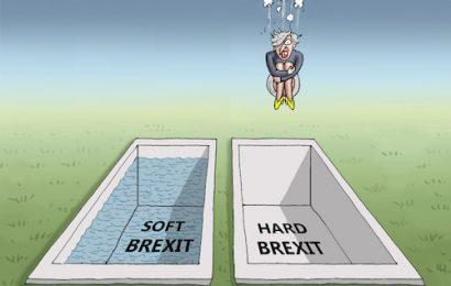 Evropska komisija je pripravljena tudi na trdi BREXIT
