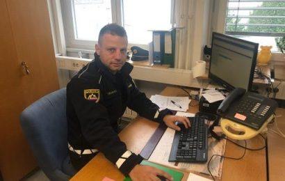 2 pogumna policista rešila občanko in njeno premoženje