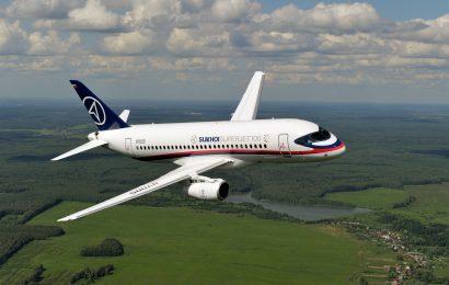 Je Suhoj Superjet 100 samo »letalo za outsiderje«?