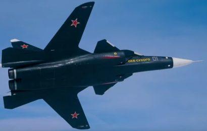 Presenečenje na sejmu MAKS: Prikazan edini primerek poskusnega lovca Su-47