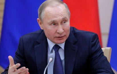 Putin: Dokler bom predsednik istospolne poroke ne bodo legalizirane v Rusiji