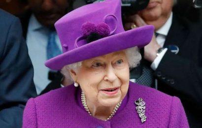 Umetnine mlade kraljice ovrednotene na 3000 funtov?