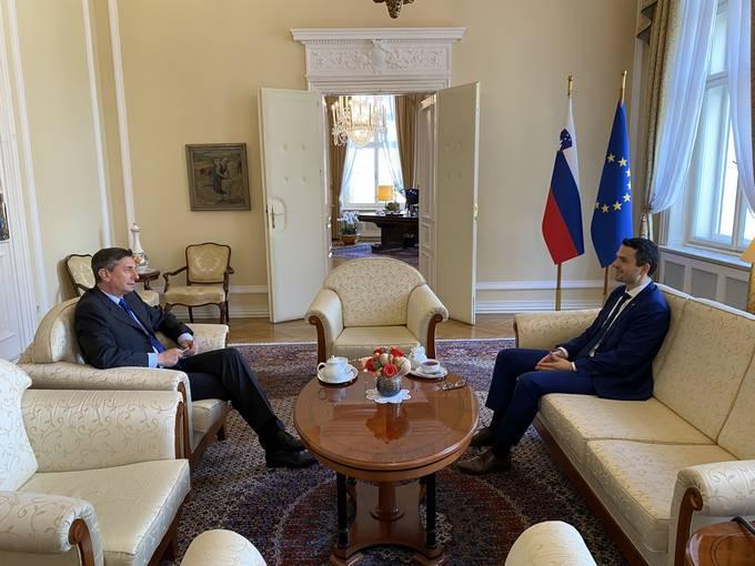 Borut Pahor: vojska na mejah bi bila v dani situaciji smiselna in sprejemljiva