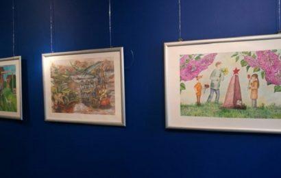 Gimnazija Nova Gorica: Razstava umetniških del iz ruske Dubne ob 75. obletnici zmage