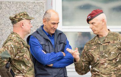 Predsednik Vlade Republike Slovenije Janša je obiskal Poveljstvo sil Slovenske vojske