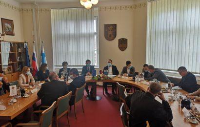 Minister Vrtovec na delovnem obisku v Občini Ormož in Občini Videm