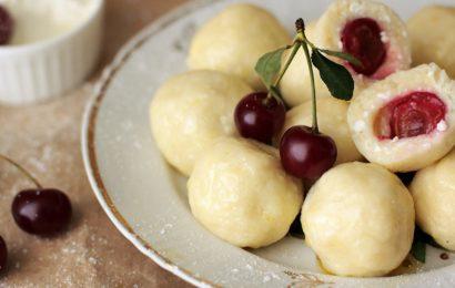 Češnjevi vareniki: Preprosti cmoki za zdrav ruski zajtrk (RECEPT)
