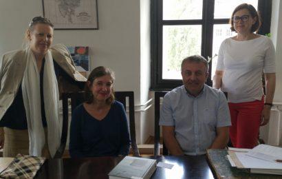 Arhiv Republike Sloveniji je gostil predstavnici Francoskega inštituta v Sloveniji