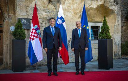 Premier Janez Janša: Slovenija in Hrvaška sta se dogovorili za tesno sodelovanje na področju zajezitve širjenja koronavirusa