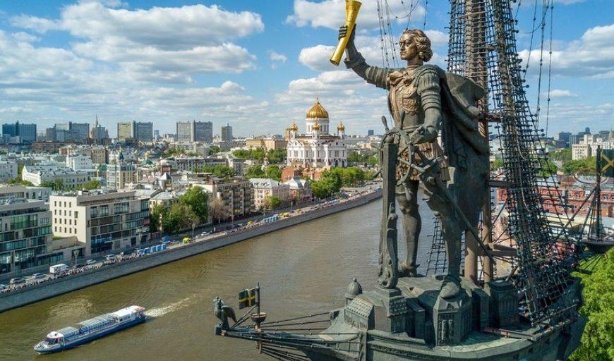 Pet najbolj kontroverznih spomenikov v Moskvi