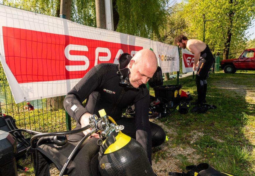 Potapljači in SPAR Slovenija z dvema akcijama za čistejše vode