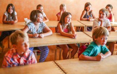 Kljub epidemiji izobraževalni proces začasno na daljavo, v šolo le učenci od 1. do 5. razreda, vrtci kot običajno