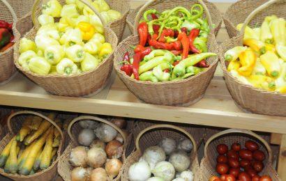 Higiena je v času epidemije še bolj pomembna – tudi pri rokovanju s hrano, ki jo prinesemo iz trgovine