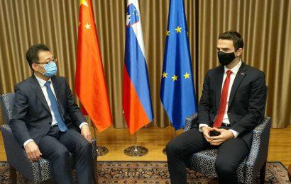 Minister Tonin sprejel veleposlanika Ljudske republike Kitajske