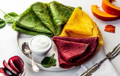 Barvne palačinke: Edinstven recept v času Maslenice
