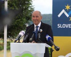 Predsednik vlade Janez Janša: Slovenci smo ob osamosvojitvi naredili korake, s katerimi smo sebi želeli dobro, nismo pa ob tem želeli nič slabega nikomur drugemu