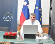 Državni sekretar dr. Raščan na virtualnem Evropskem arhivskem simpoziju